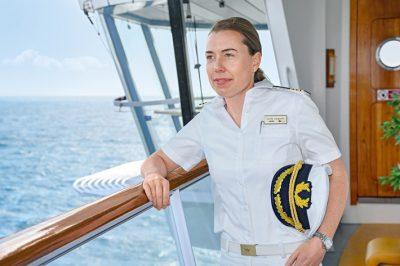 Kreuzfahrt-Kapitänin