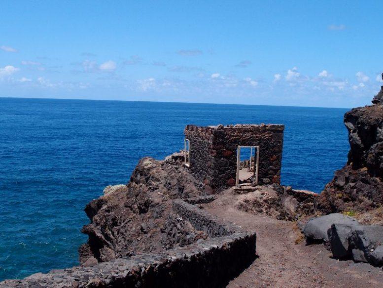 Ruine an den Fajanas