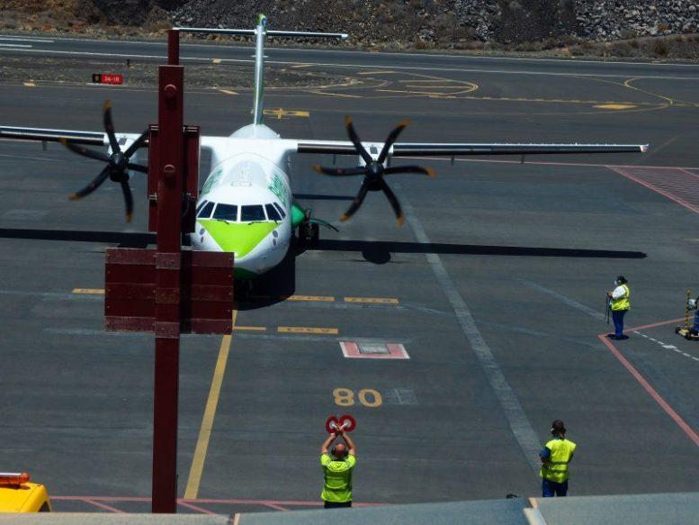 Flugzeug Binter - Fuerteventura Urlaub