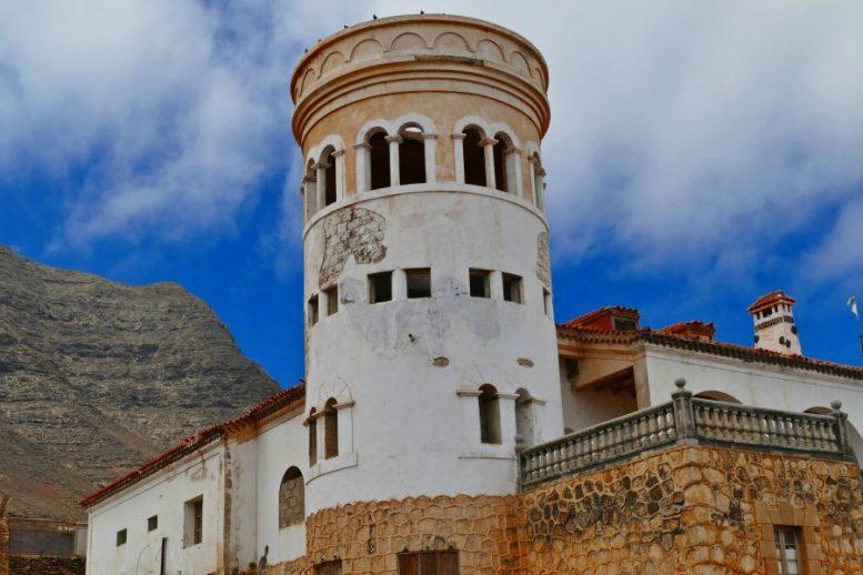 Turm der Villa