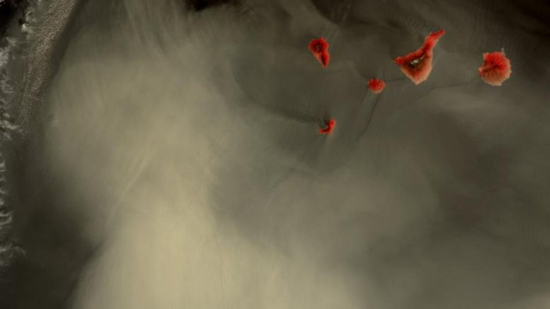Kanaren unter Wolken - Corona Pandemie