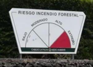 Warntafel - Gefahrenstufe für Waldbrand