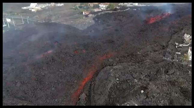 Lavastrom - tobenden Vulkan